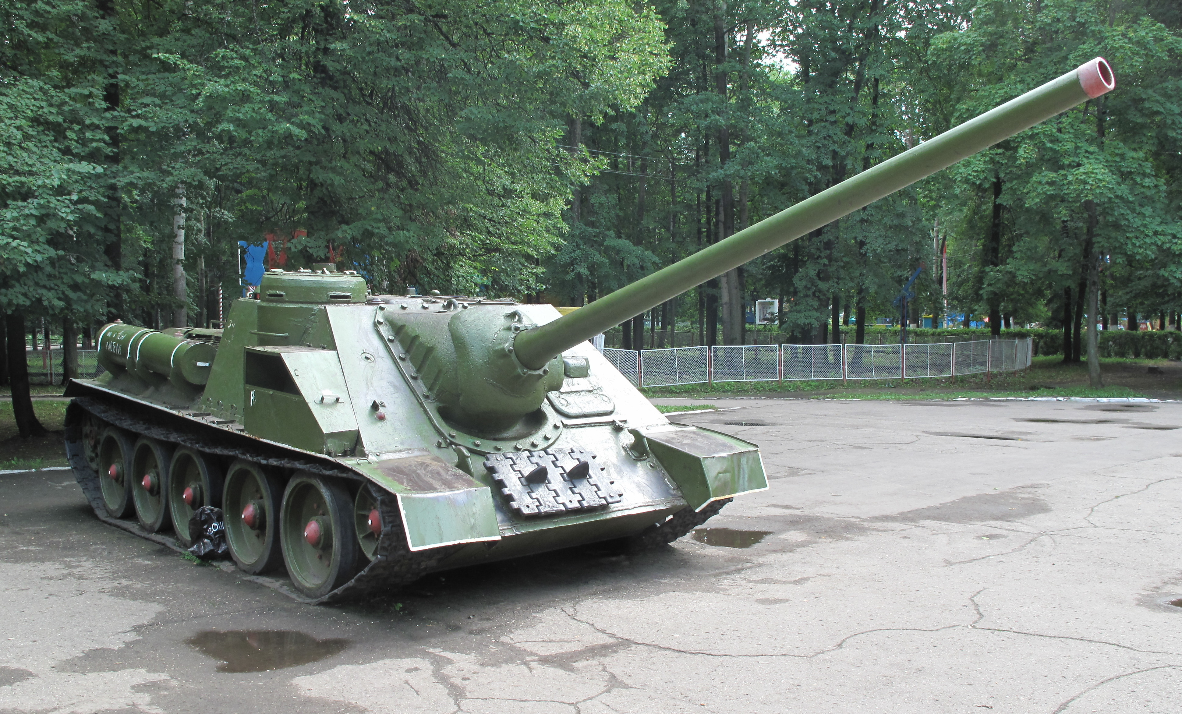 tanks-4.jpg